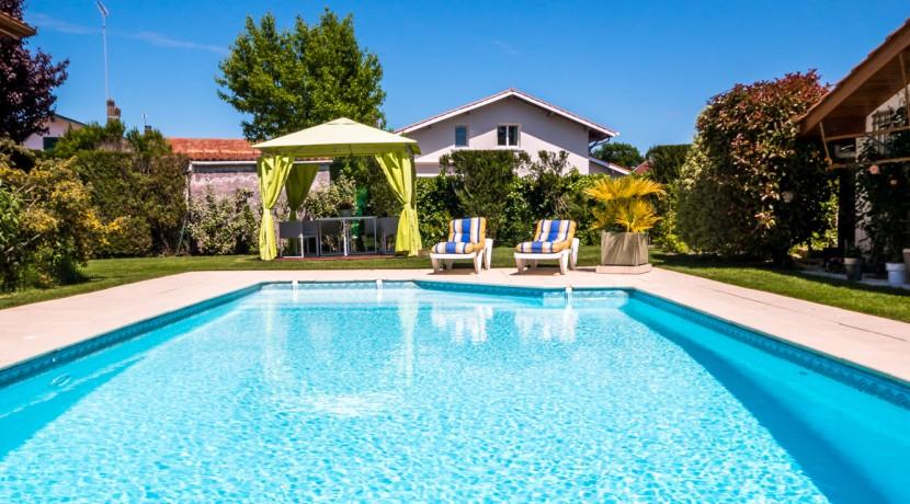 maison-soustons-exterieur-piscine02