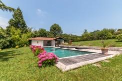 Maison Ascain piscine02