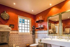 Maison Ascain salle de bains01