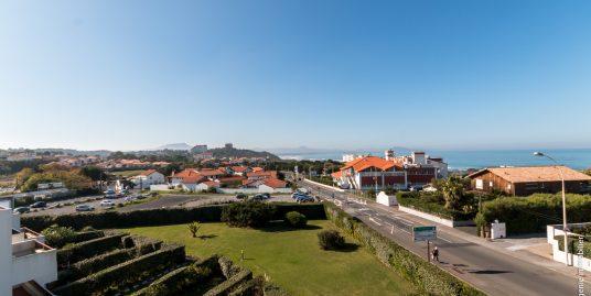 Appartement standing T5 + grande terrasse vue mer