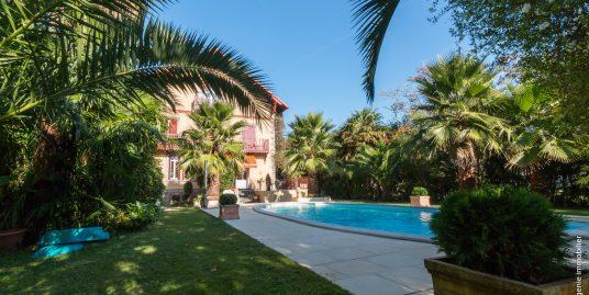 Maison Bourgeoise 340 m² avec 2 T2 Indépendants