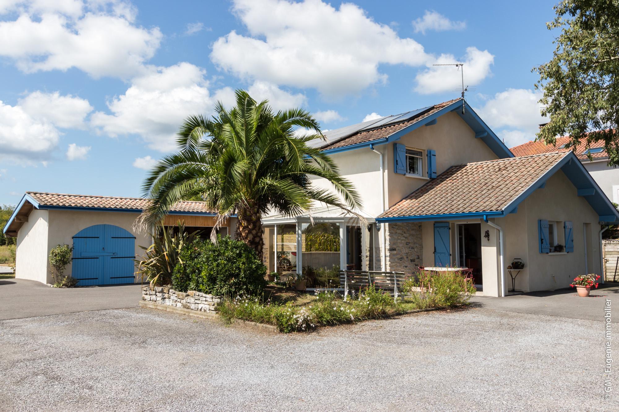 Maison avec terrain 7 pièces 155 m²