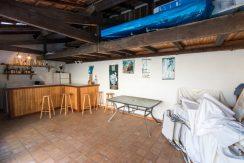 Pool house 01