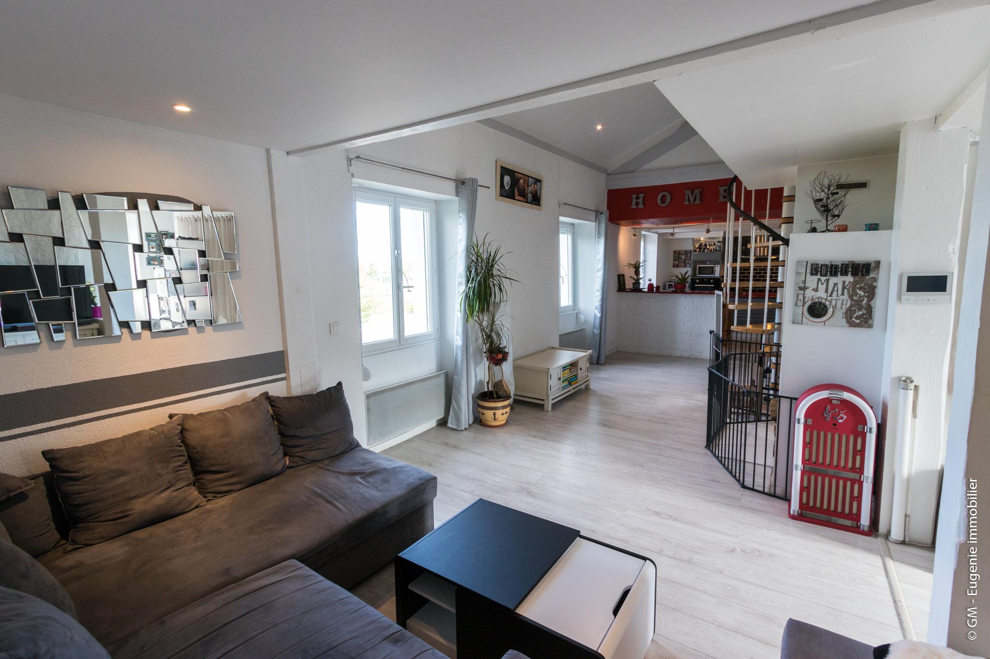 Appartement T5 105m²/147m² au Sol + Dépendance 13m²