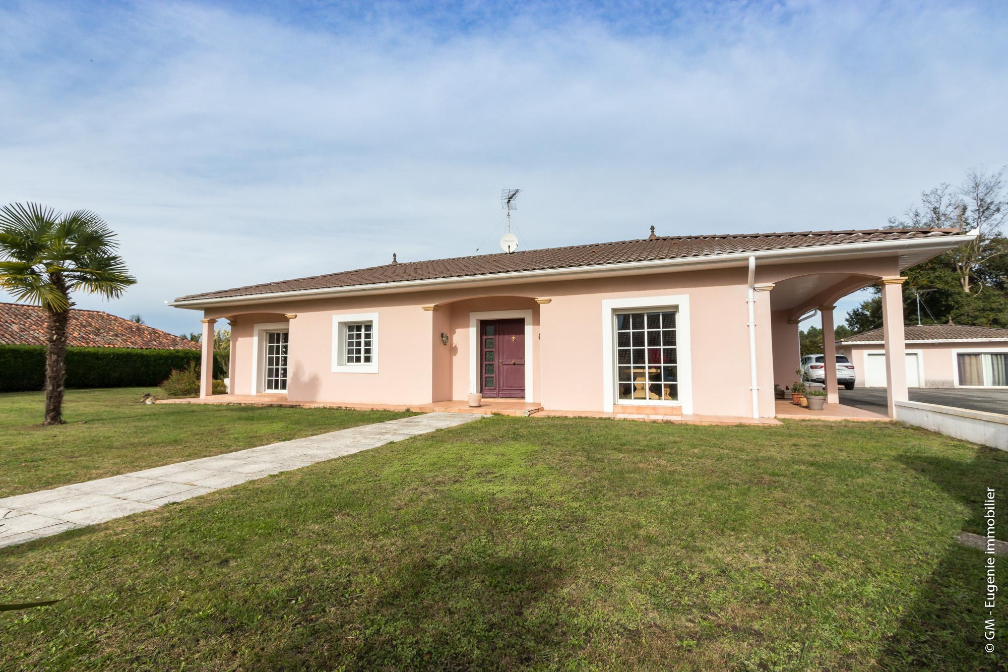 Maison Contemporaine 175m² T6 au calme Parc 2550m²