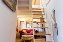 T2 escalier 01