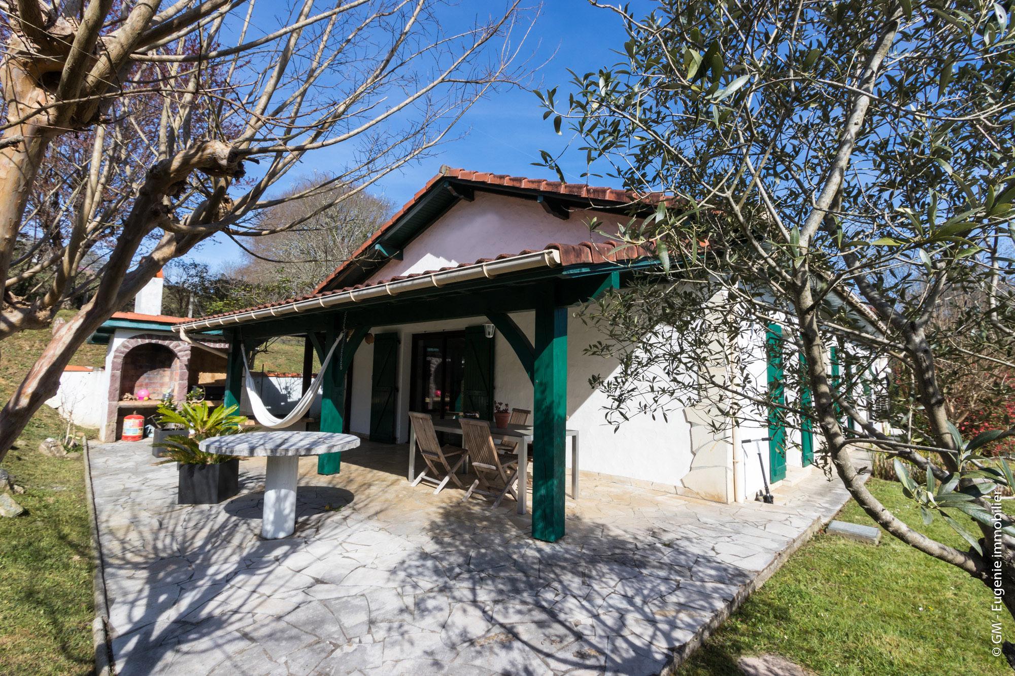 Maison 155m² T7 au calme + Piscine Terrain 1490m²