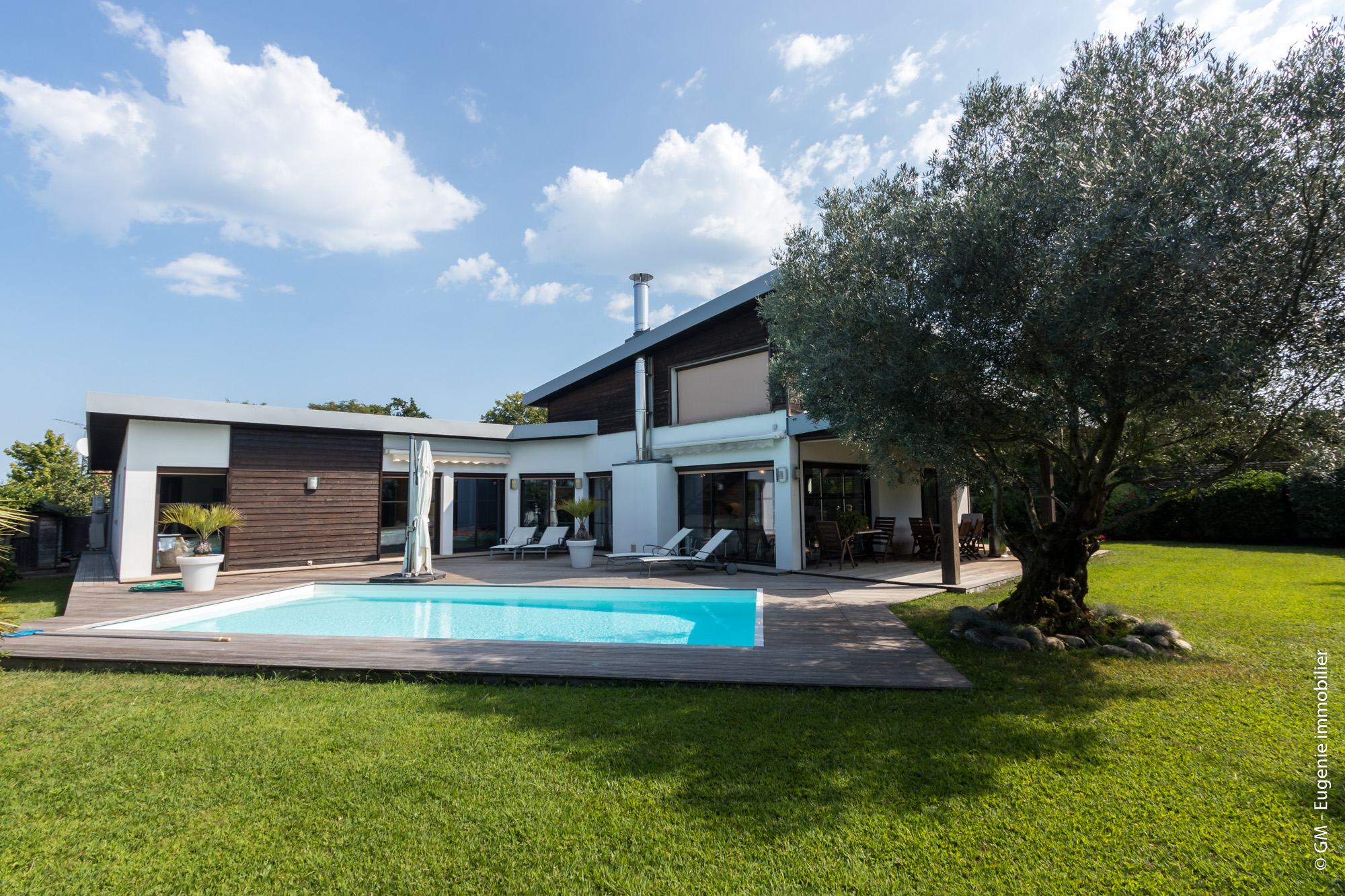Maison d'Architecte 220m² T9 + Piscine Jardin 960m² Centre