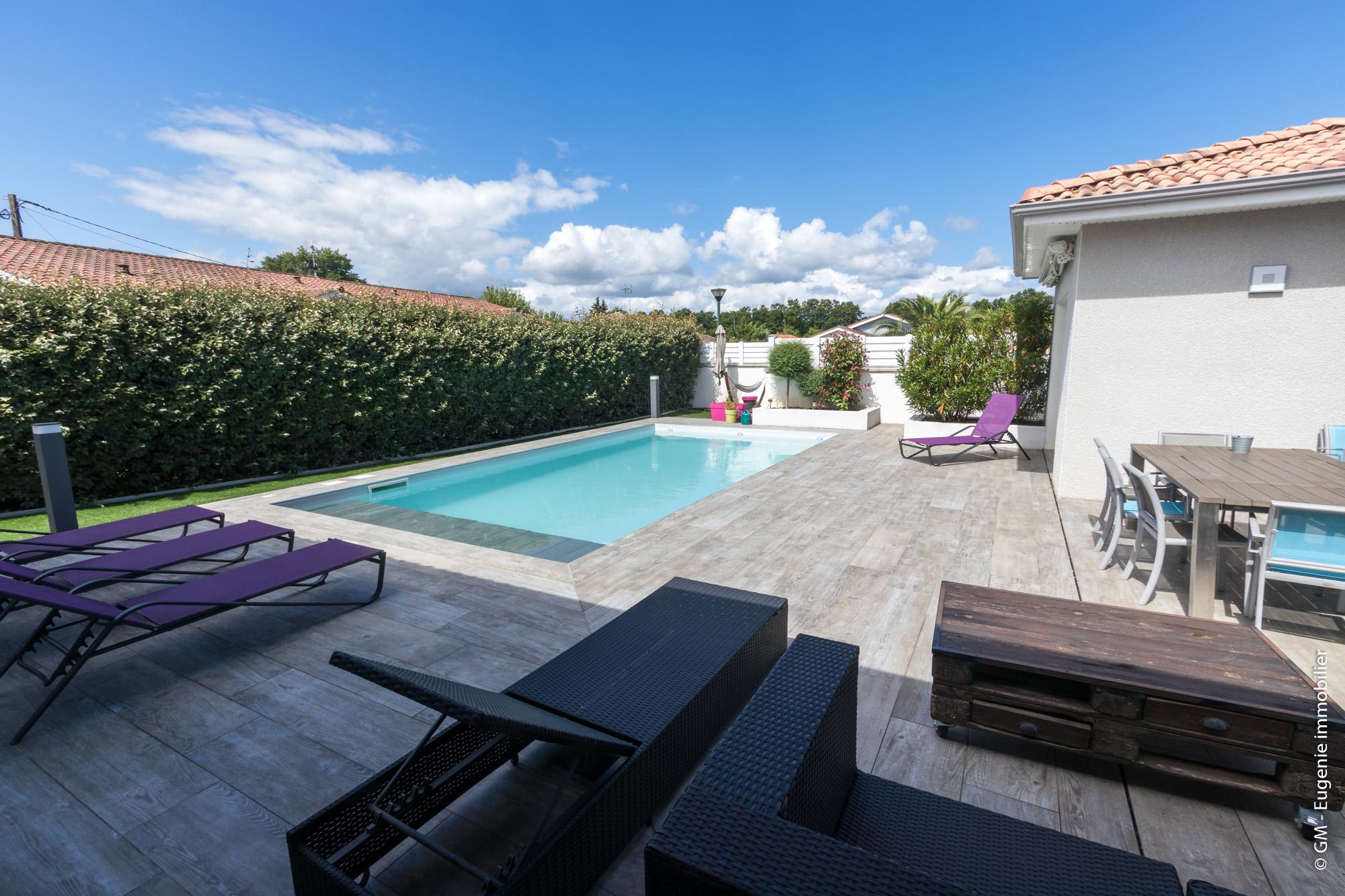 Maison Contemporaine 155m² T6 + Piscine et belle terrasse au calme