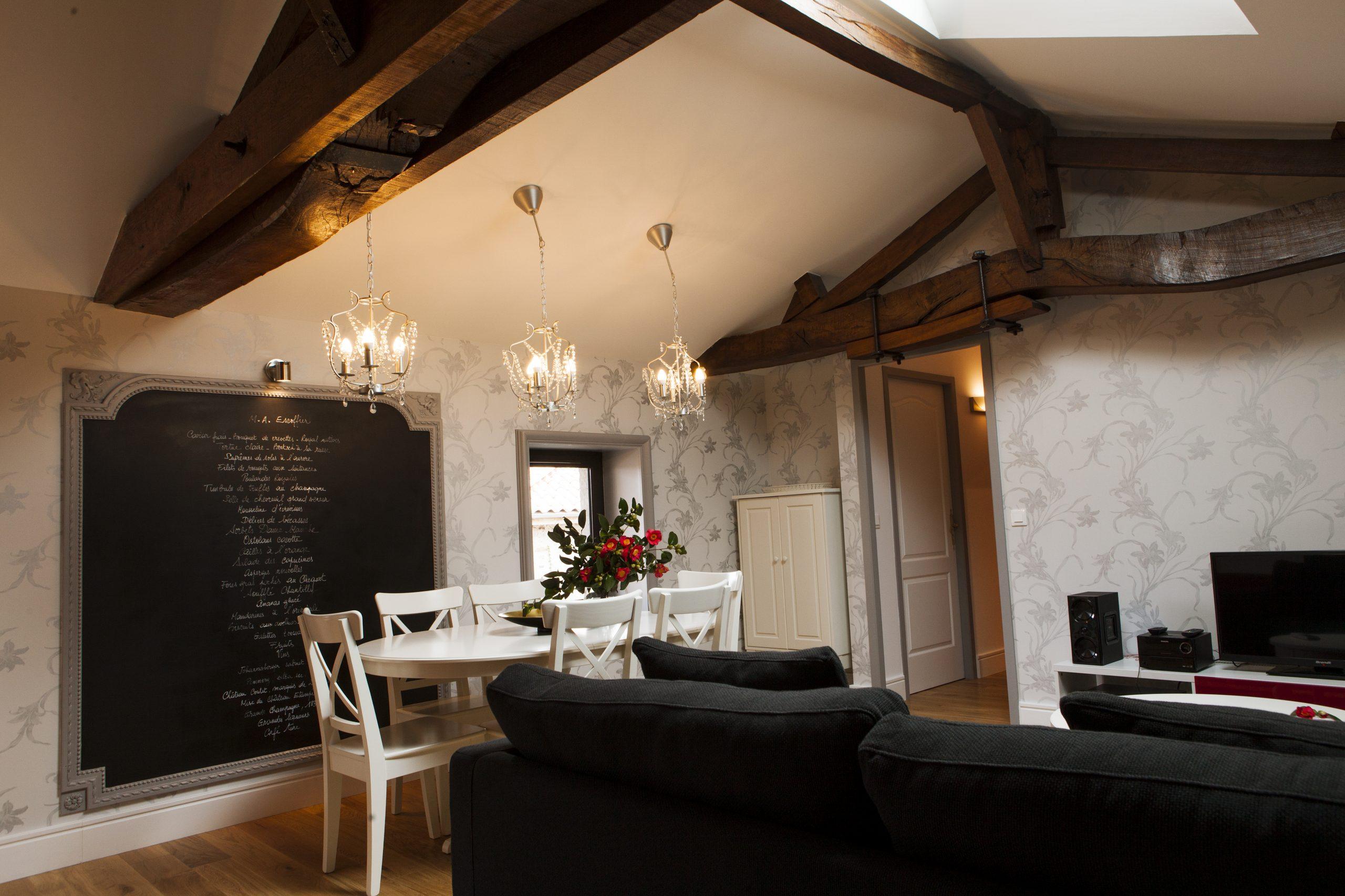 Appartement 60m² T3 + Terrasse 12m² Entièrement rénové vendu Meublé
