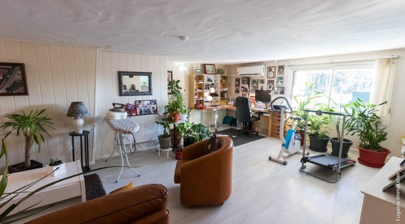 Salon etage 02