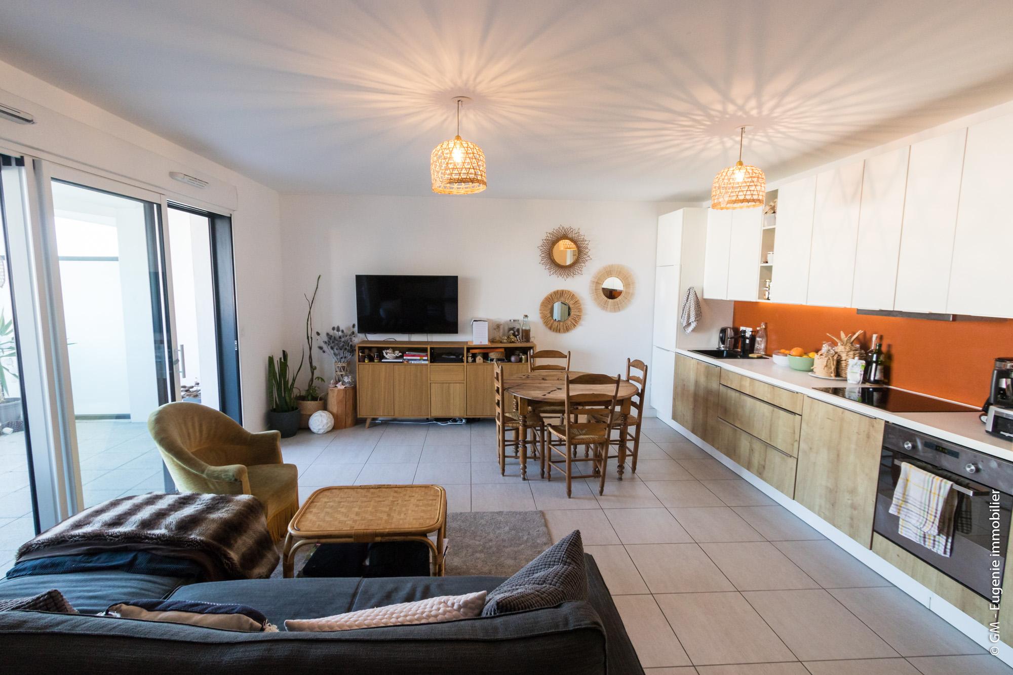 Appartement 63m² T4 Idéalement situé Proche quartier prisé des 5 Cantons
